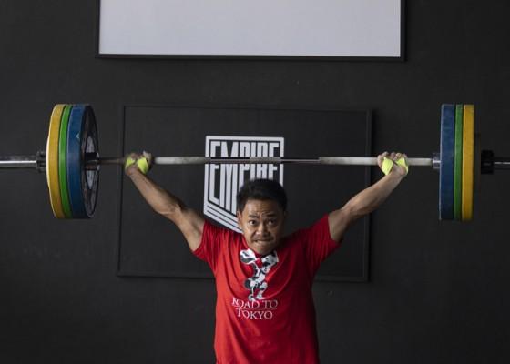 Nusabali.com - indonesia-loloskan-lima-lifter-ke-olimpiade-tokyo