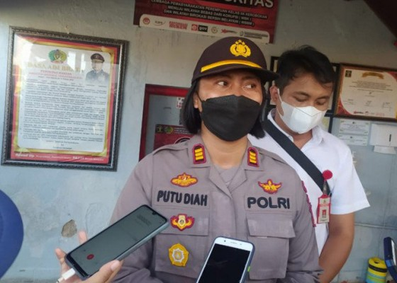 Nusabali.com - bali-police-probe-21-inmates-poisoned-after-drinking-disinfectant