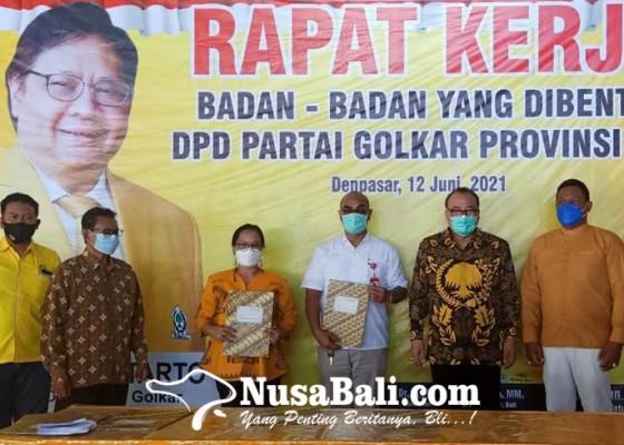 Nusabali.com - panaskan-mesin-golkar-bali-luncurkan-tiga-badan