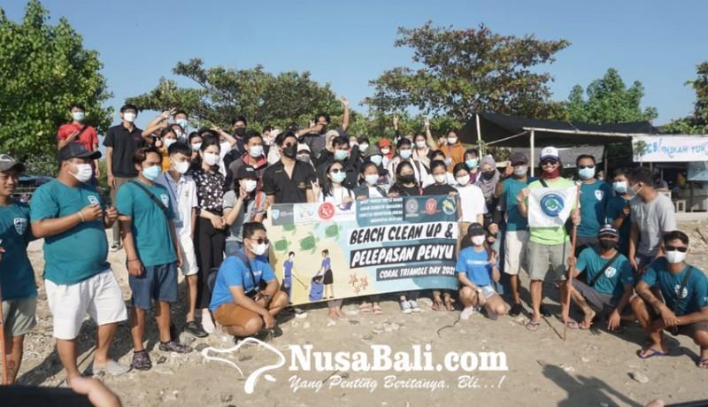 www.nusabali.com-fkh-unud-tcec-serangan-adakan-beach-clean-up-dan-pelepasan-tukik