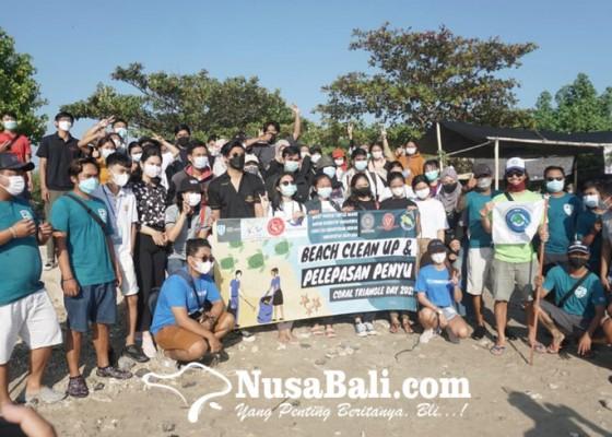 Nusabali.com - fkh-unud-tcec-serangan-adakan-beach-clean-up-dan-pelepasan-tukik