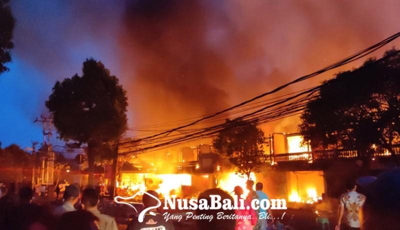 www.nusabali.com-pasar-blahbatuh-terbakar-629-kios-ludes