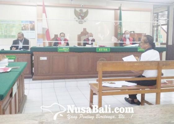 Nusabali.com - berbelit-belit-zainal-tayeb-ditegur-hakim
