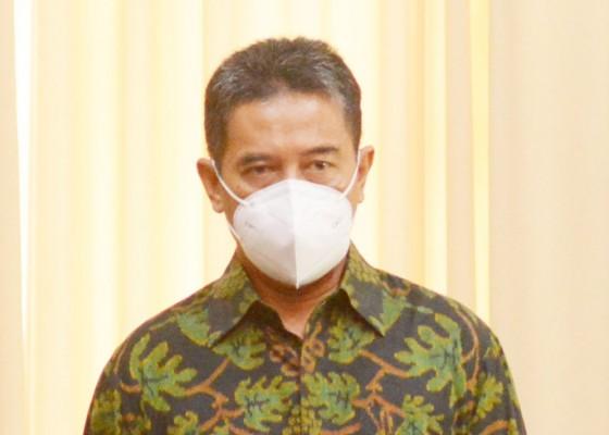 Nusabali.com - dprd-buleleng-raih-penghargaan-green-leadership-nirwasita-tantra