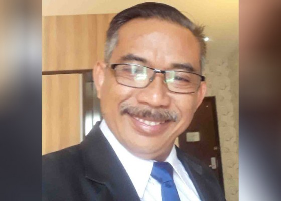 Nusabali.com - gelapkan-uang-rp-30-juta-oknum-pengacara-ditahan