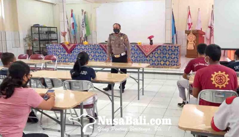 www.nusabali.com-satlantas-polres-badung-sidak-knalpot-brong-ke-sekolah