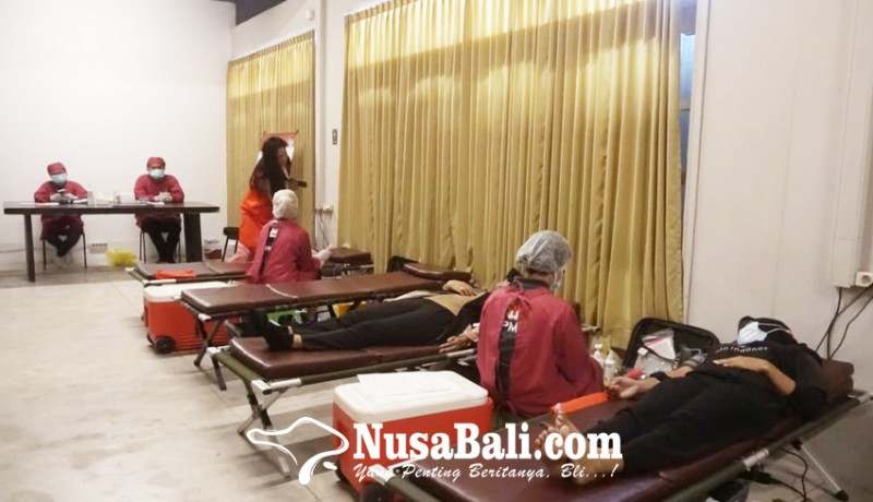 www.nusabali.com-pertiwi-bali-gelar-kegiatan-donor-darah