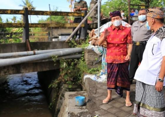 Nusabali.com - pasca-hujan-bupati-suwirta-turun-ke-dawan-kelod