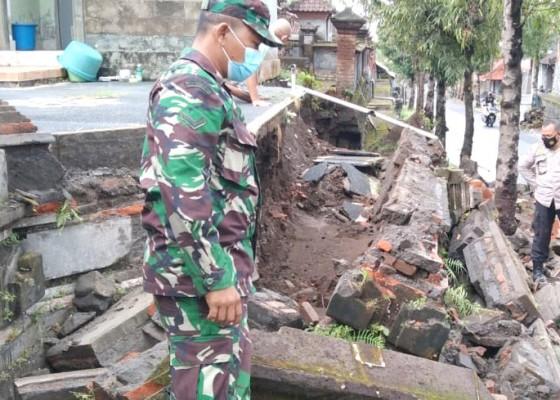 Nusabali.com - hujan-lebat-picu-bencana-beruntun