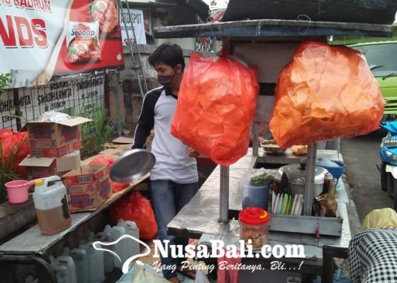 Nusabali.com - bukan-mie-instan-biasa-mie-badrun-jadi-kuliner-istimewa-di-denpasar