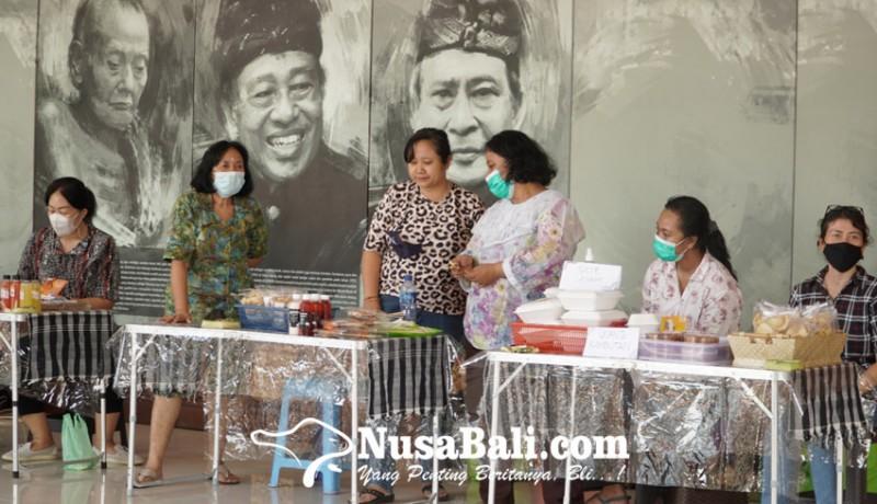 www.nusabali.com-koperasi-perempuan-katrisma-mandiri-gelar-pameran-produk-umkm