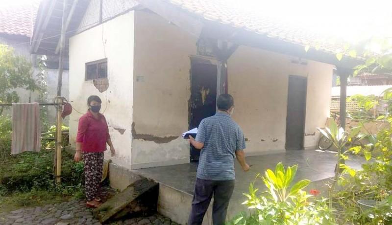 www.nusabali.com-hilangkan-catatan-kumuh-kecamatan-marga-dibantu-rehab-rumah