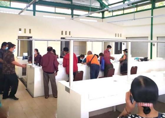 Nusabali.com - wajib-buka-rekening-bank-dan-daftarkan-handphone