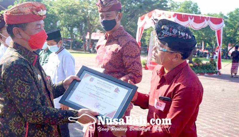 www.nusabali.com-kecamatan-selat-borong-juara-capaian-vaksinasi