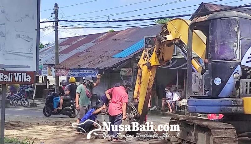www.nusabali.com-perbaikan-gorong-gorong-pelanggan-pdam-terganggu