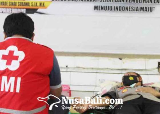 Nusabali.com - puluhan-personel-polres-buleleng-donor-darah