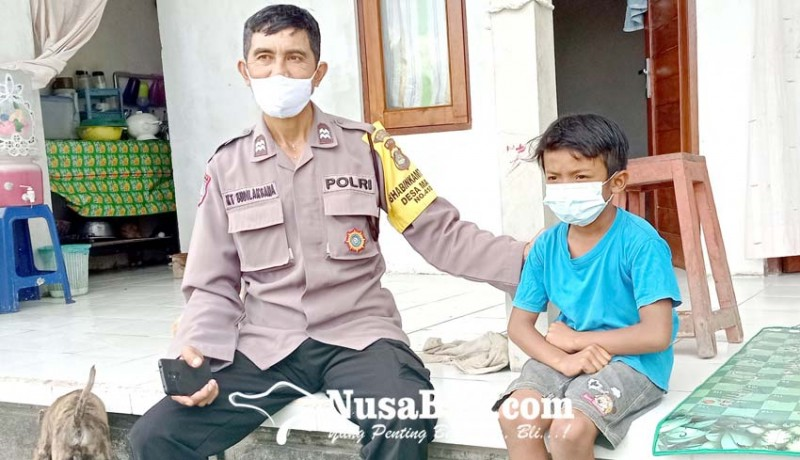 www.nusabali.com-ditinggal-ayah-ibu-meninggal-bocah-kelas-3-sd-hidup-sebatang-kara