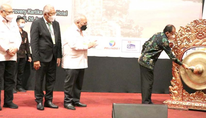www.nusabali.com-gubernur-koster-tegaskan-negara-maritim-tak-perlu-impor-garam