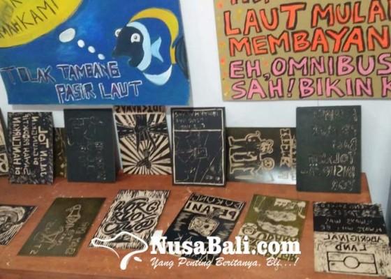 Nusabali.com - walhi-bali-suarakan-isu-lingkungan-melalui-seni-cukil