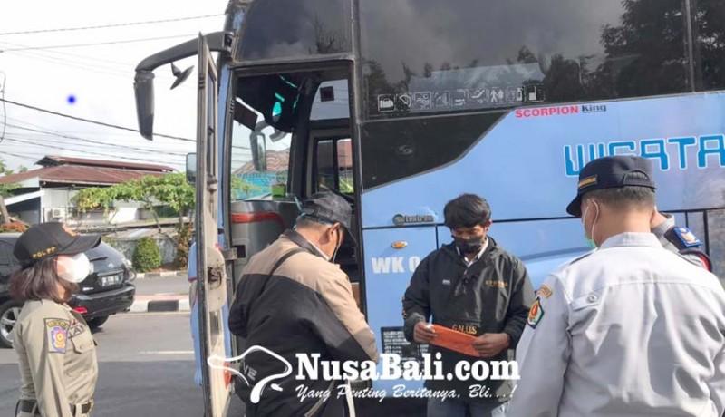 www.nusabali.com-cek-prokes-penumpang-bus-akap