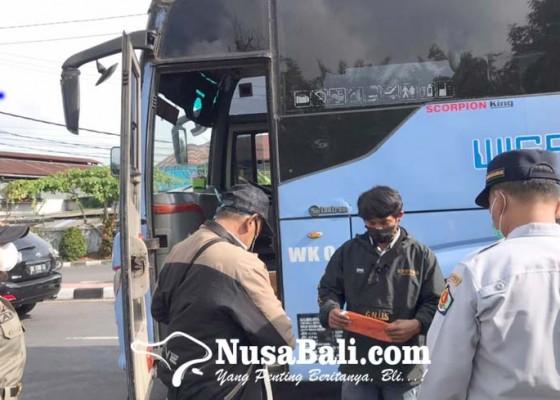 Nusabali.com - cek-prokes-penumpang-bus-akap