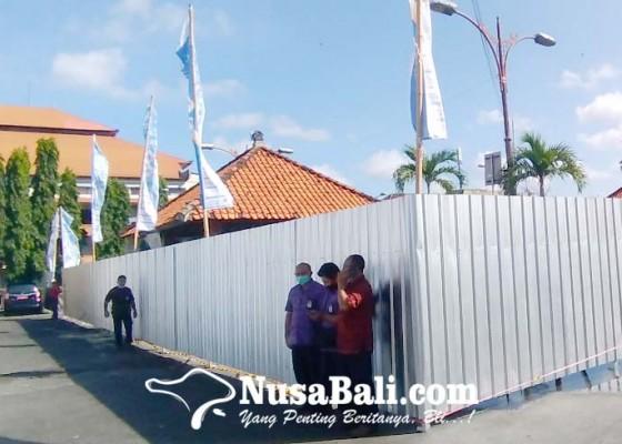 Nusabali.com - renovasi-pasar-kumbasari-dimulai