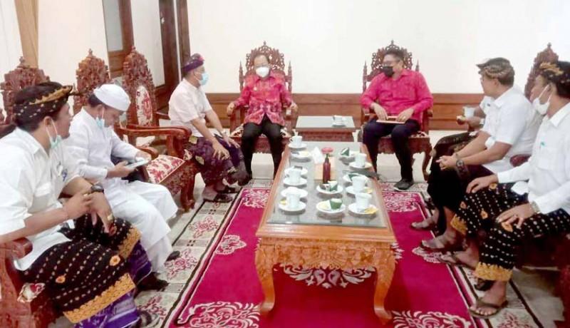 www.nusabali.com-bendesa-adat-tanjung-benoa-temui-gubernur-koster