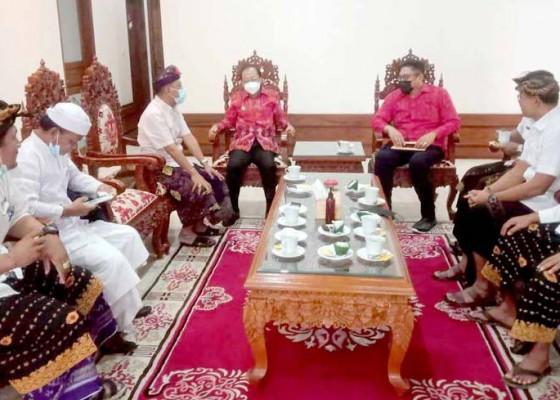 Nusabali.com - bendesa-adat-tanjung-benoa-temui-gubernur-koster
