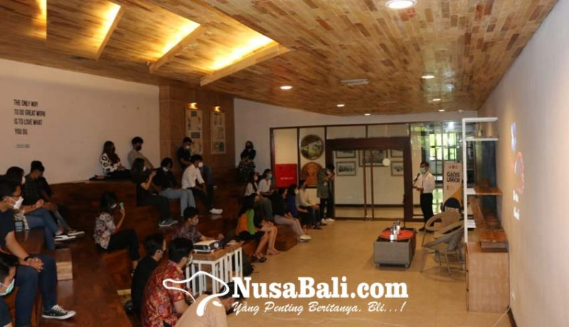 www.nusabali.com-genbi-komisariat-undiknas-sosialisasikan-penggunaan-qris-kepada-pelaku-umkm