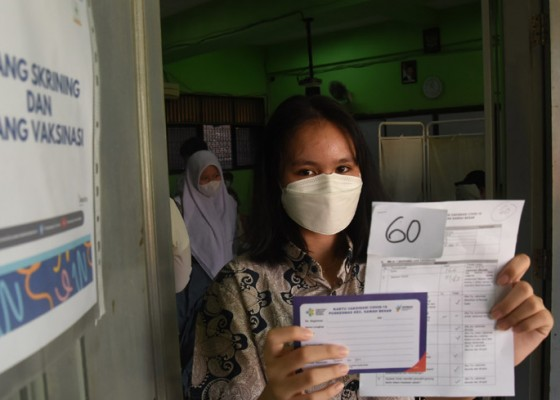 Nusabali.com - domestic-travelers-necessitated-to-hold-vaccination-cards-during-emergency-ppkm