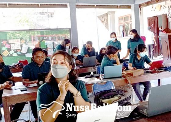 Nusabali.com - jalur-zonasi-smp-negeri-puluhan-siswa-dinyatakan-gugur
