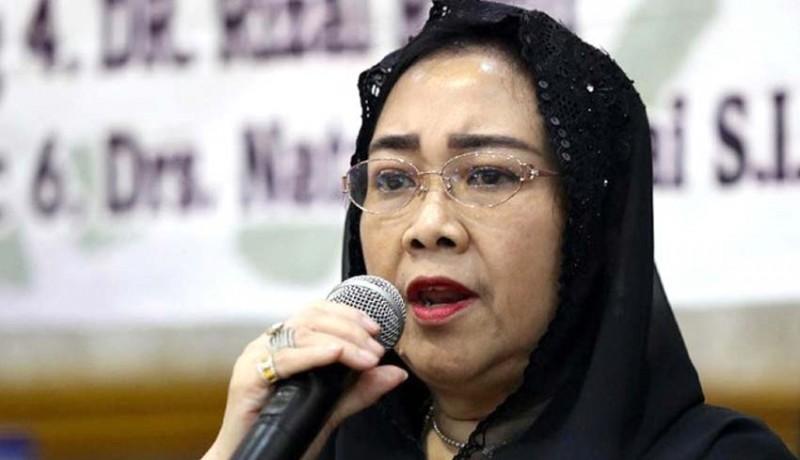 www.nusabali.com-dimakamkan-di-samping-ibunda-fatmawati-dikenal-berseberangan-dengan-megawati