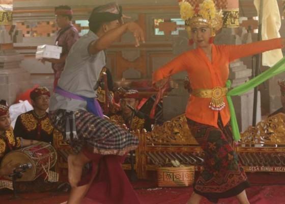 Nusabali.com - tak-masekaa-menari-karena-pesanan-khusus