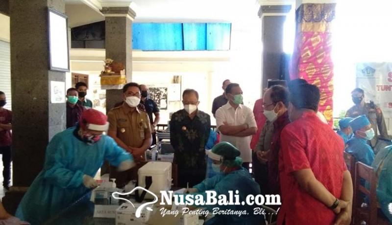 www.nusabali.com-gubernur-koster-resmikan-vaksinasi-covid-19-untuk-anak-serentak-di-seluruh-bali
