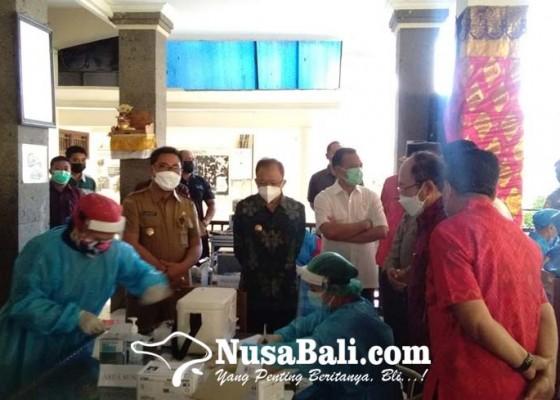 Nusabali.com - gubernur-koster-resmikan-vaksinasi-covid-19-untuk-anak-serentak-di-seluruh-bali