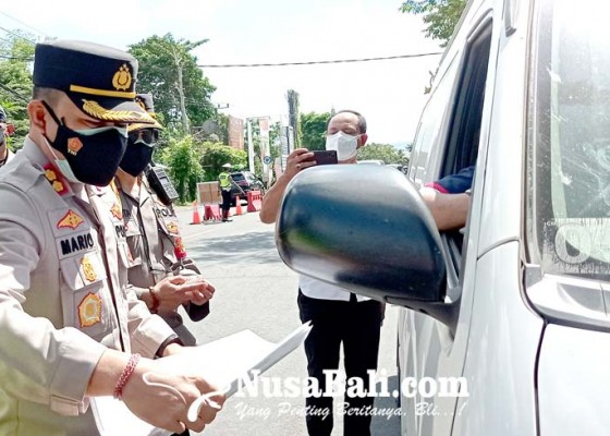 Nusabali.com - tujuan-beli-makan-empat-kendaraan-diputar-balik