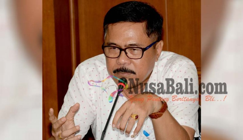 www.nusabali.com-pemprov-bali-adukan-kasus-sekda-gianyar-ke-menteri-dalam-negeri