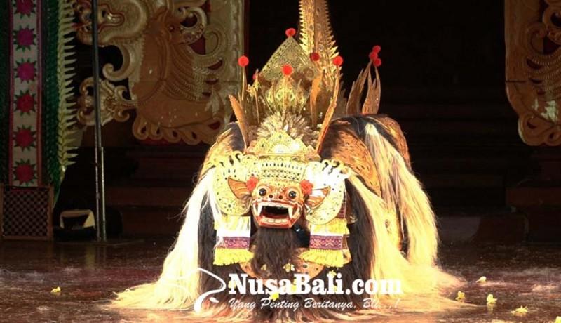 www.nusabali.com-tari-bapang-barong-dan-tari-rangda-pakem-desa-bongkasa-diperkenalkan-di-pesta-kesenian-bali