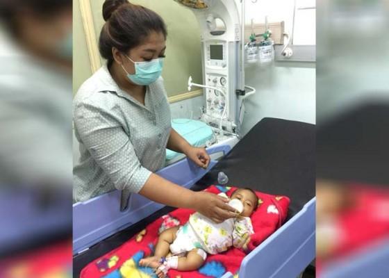 Nusabali.com - berasal-dari-keluarga-tak-mampu-ibunya-meninggal-dunia-usai-melahirkan