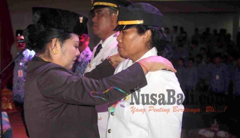 www.nusabali.com-iga-sri-anjani-jadi-camat-wanita-pertama-di-karangasem
