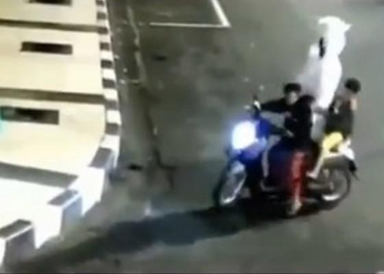 Nusabali.com - polisi-tangkap-pelaku-pencurian-pocong