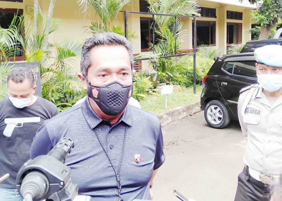 Nusabali.com - jam-kerja-polisi-ditambah