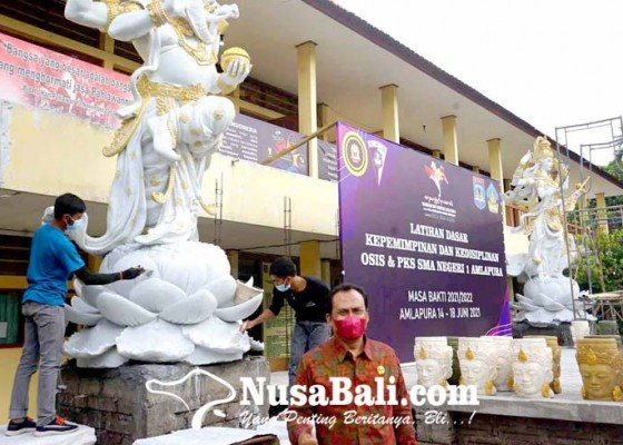 Nusabali.com - sman-1-amlapura-bangun-patung-saraswati-dan-ganesha