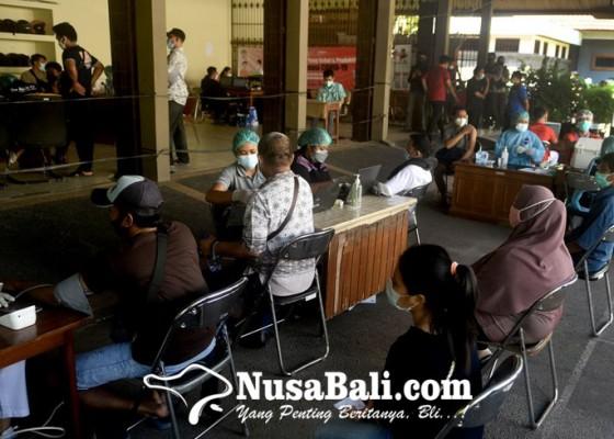 Nusabali.com - vaksinasi-di-dprd-bali-pun-disetop