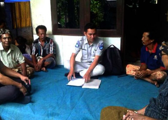 Nusabali.com - seruduk-mobil-patroli-polisi-pemotor-tewas
