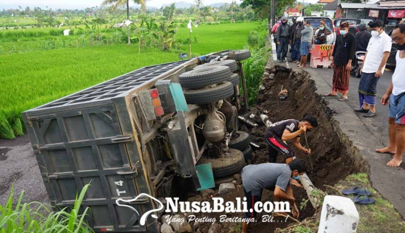 www.nusabali.com-pipa-pdam-hancur-5500-kk-tak-dapat-pasokan-air