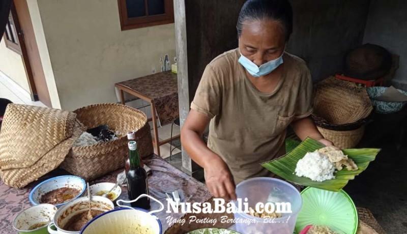 www.nusabali.com-nasi-taku-sukawati-pertahankan-ciri-khas-hingga-generasi-keempat