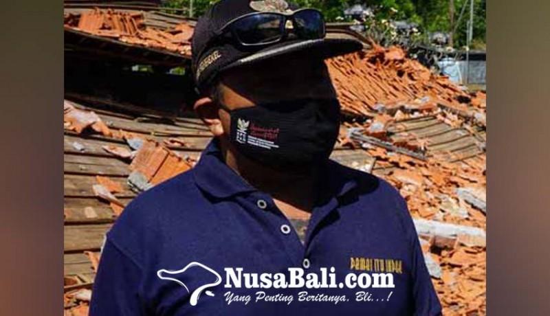 www.nusabali.com-perbekel-di-karangasem-bagikan-blt-dd-bulan-juli