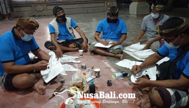 www.nusabali.com-ramai-ramai-ngayah-bantu-persiapan-upacara-ngabel-kinembulan