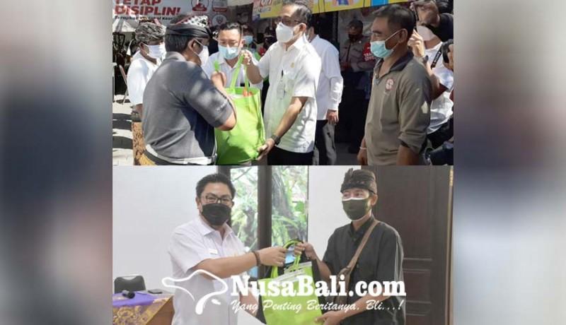 www.nusabali.com-walikota-wakil-walikota-denpasar-bantu-konsumsi-warga-isoman
